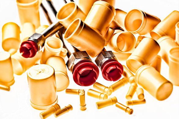 Kunststoffteile: Plugs and Caps von Dihse
